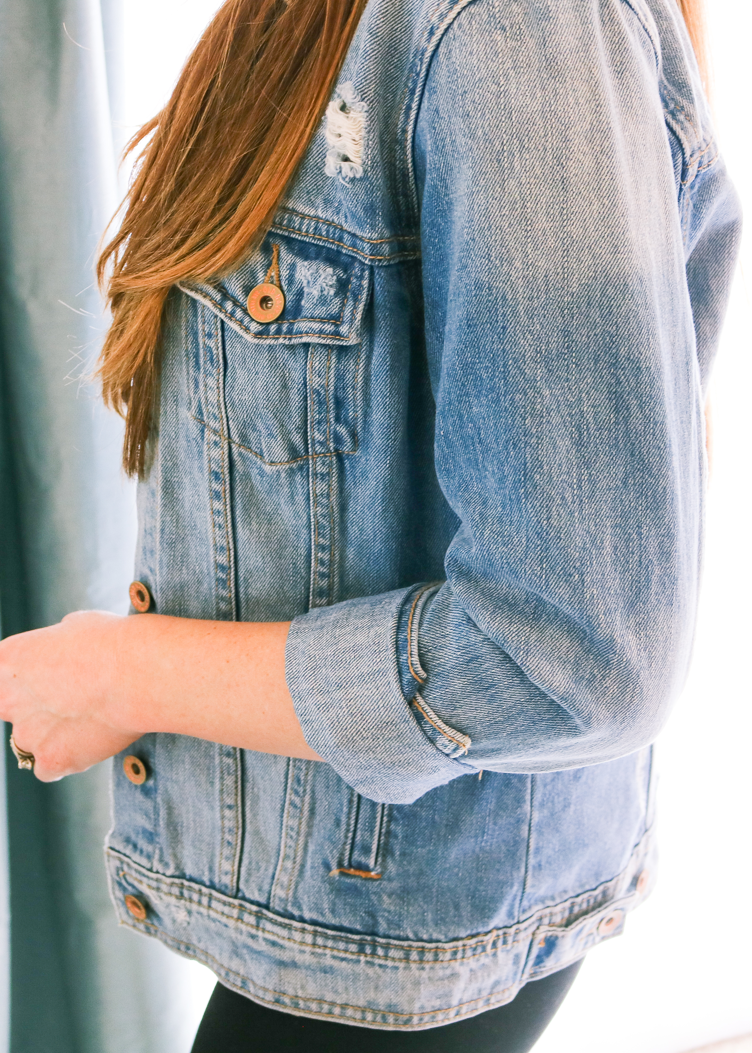 bbd815f36ab The Best Way to Cuff a Denim Jacket – She Knows Chic